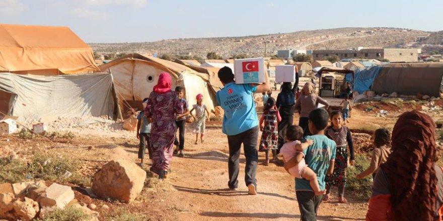 TDV'den Suriye'ye 300 tırdan fazla yardım