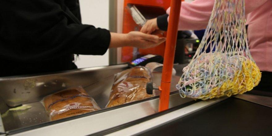 Plastik poşetler gidiyor, bez torbalar geliyor