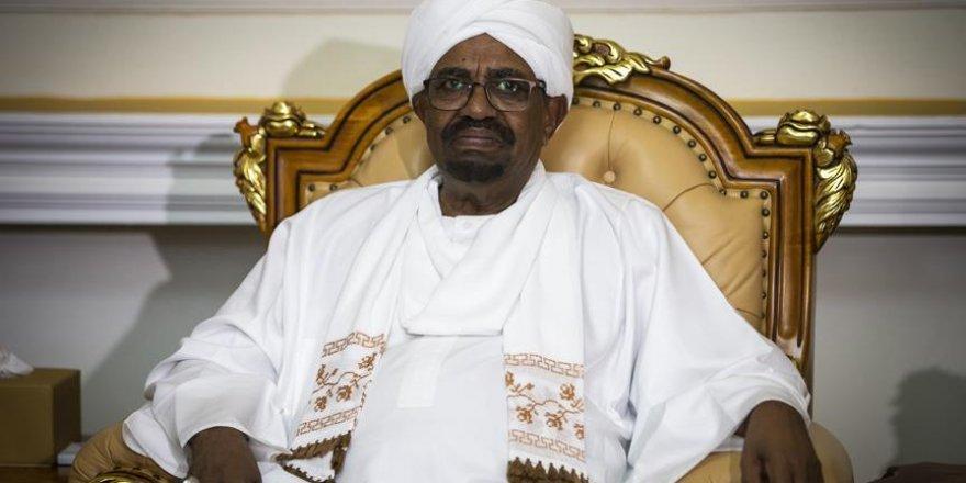 Sudan'da Beşir'in sözleri erken seçim çağrısı olarak algılandı