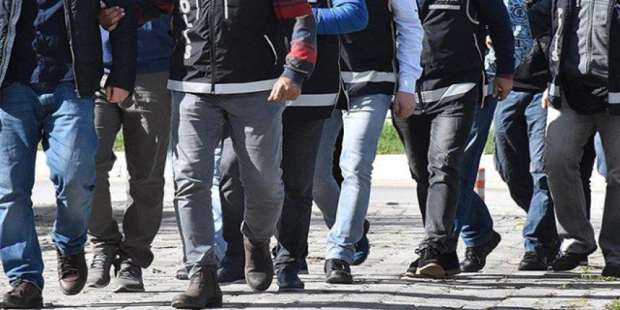 Adana'da başkasının yerine ehliyet sınavına girenlere operasyon: 30 gözaltı