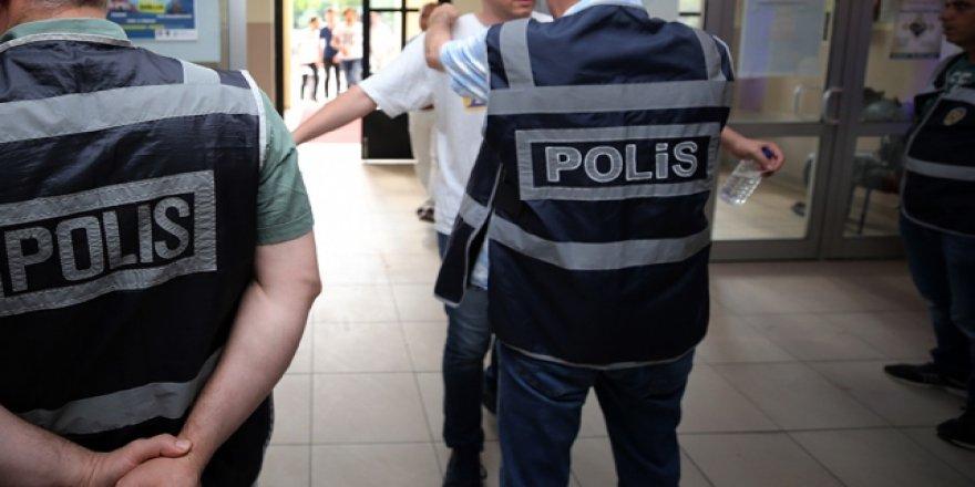 Merkezi sınavlara girişte uygulanan yasaklar esnetildi