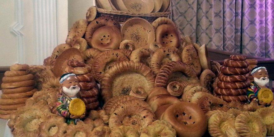 Özbek kültüründe ekmek büyük yer kaplıyor
