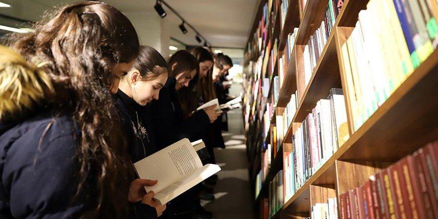 Sömestr tatili boyunca kütüphaneler öğrencileri bekliyor