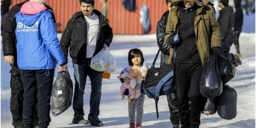 Sığınmacılar 'umuda yolculuk' için baharı bekliyor
