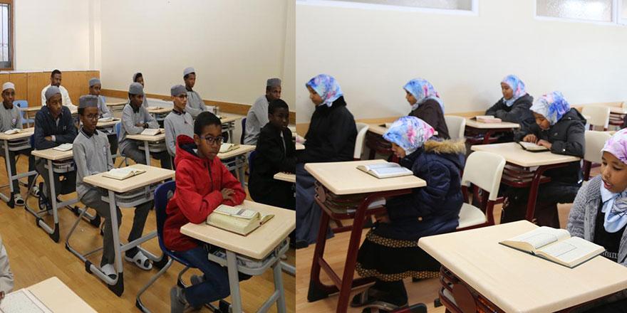 Sudanlı öğrenciler hafızlık için Türkiye'ye geldi