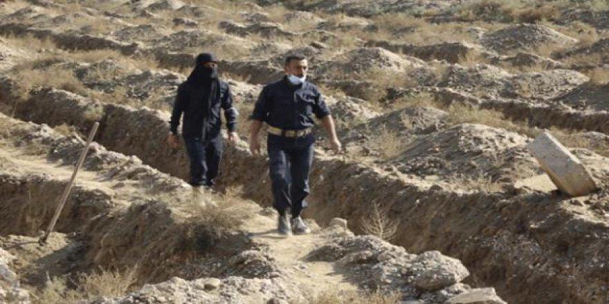 Rakka'da yeni toplu mezarlar keşfedildi