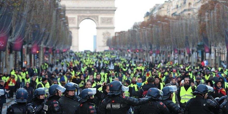 Fransa olası polis şiddetini önlemeye çalışıyor