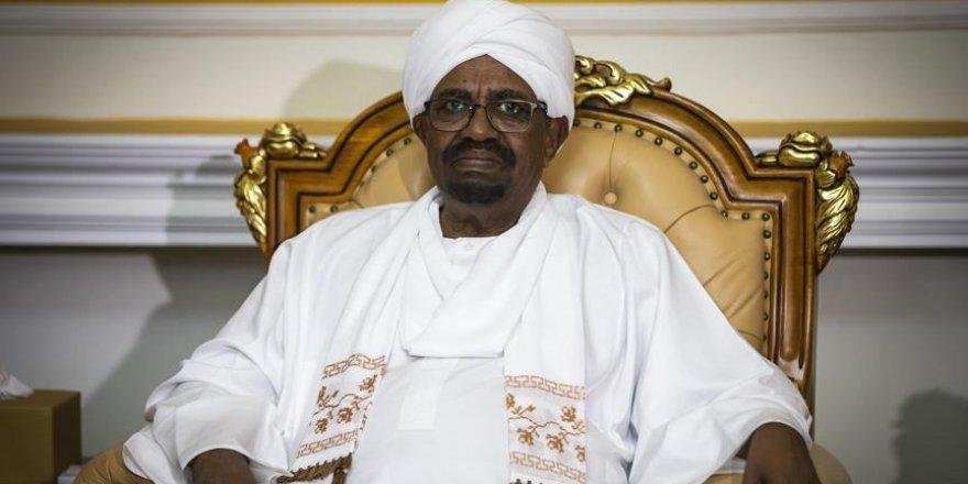 Ömer el-Beşir: Sudan medyası gösteriler için finanse ediliyor
