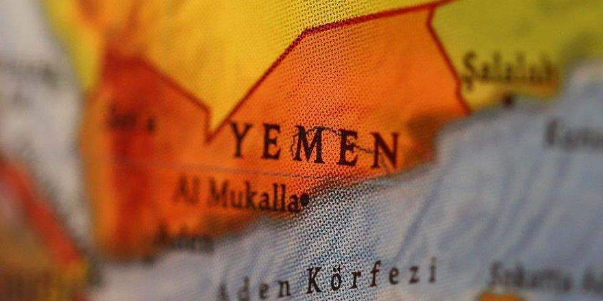 Yemen'de yiyecek var, ulaşımı yok