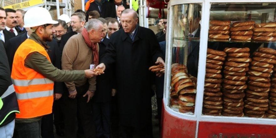 Cumhurbaşkanı Erdoğan Taksim Camii inşaatını gezdi