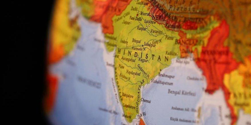 Hindistan'da otel faciası: Çok sayıda ölü var