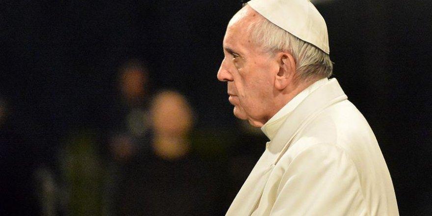 Papa'dan Venezuela'ya olumsuz yanıt