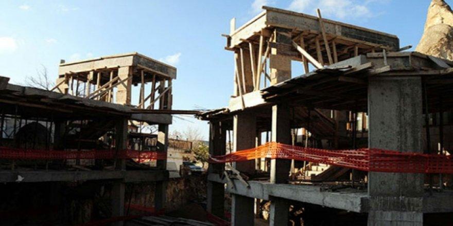 Tepki çeken otel inşaatı durdu