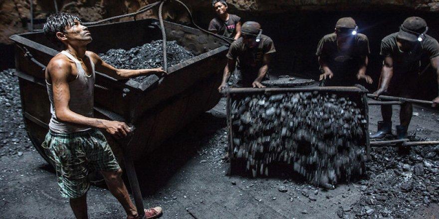 Zimbabve'de altın madeninde göçük: 23 ölü