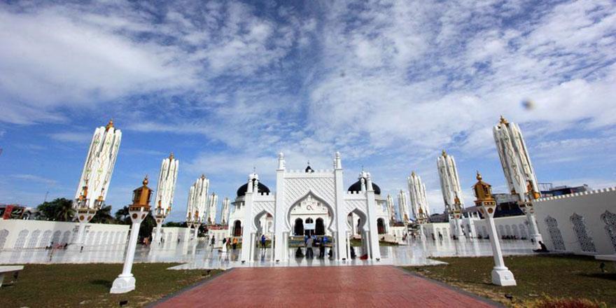 Dünyanın en kalabalık Müslüman ülkesi turizmde zirveyi hedefliyor