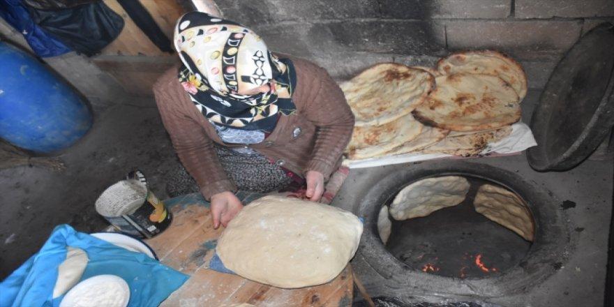 Kars'tan Anadolu'ya gelen lezzet: Tandır ekmeği