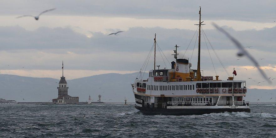 İstanbul'da sis şehir hatlarını iptal ettirdi