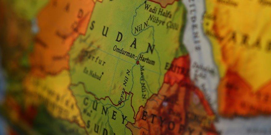 Ülkelerindeki olaylardan kaçıp Sudan'a sığındılar