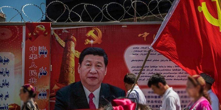 Çin lideri Şi Cinping: Uygurlara merhamet göstermeyin!