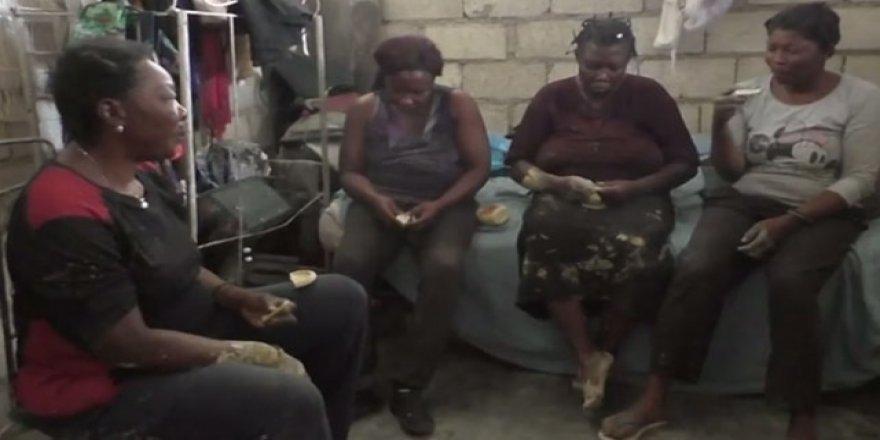 Haiti'de yürek yakan tablo: Çamur yiyerek hayatta kalmaya çalışıyorlar