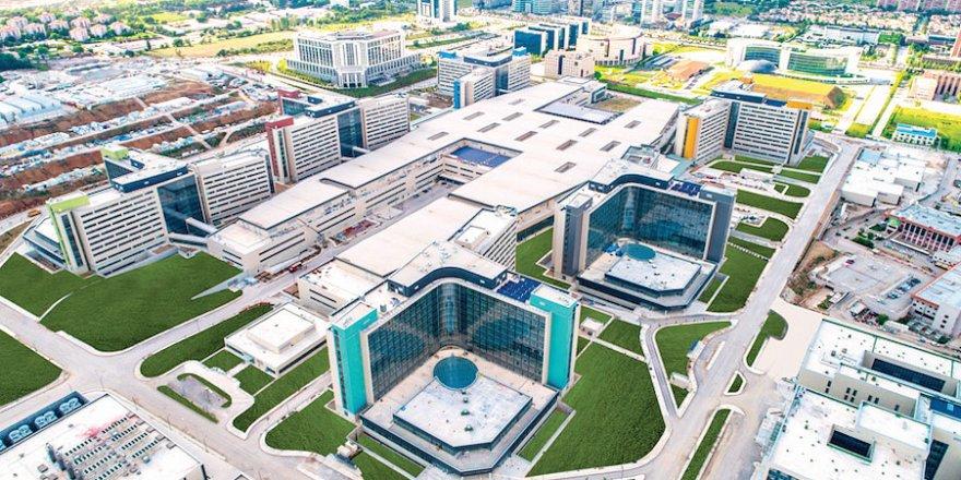 'Şehir hastanelerini sevklerin olmayacağı yapıda konumlandırıyoruz'