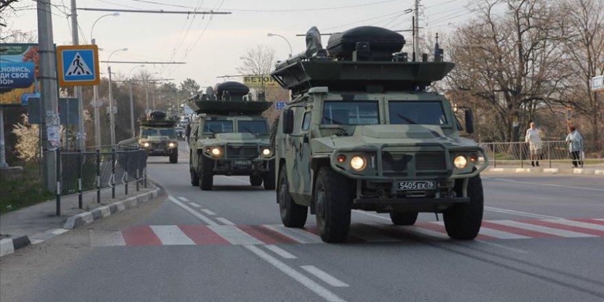 Şoygu: Rusya Kırım'daki askeri birliklerini güçlendirdi