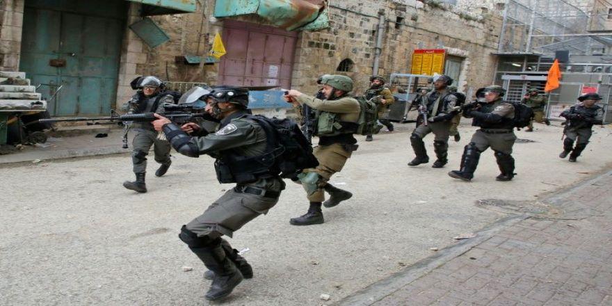 İsrail Batı Şeria'da bir Filistinliyi şehit etti