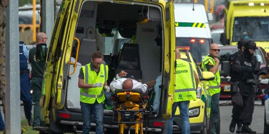 Yeni Zelanda'da Cuma namazında iki camide katliam