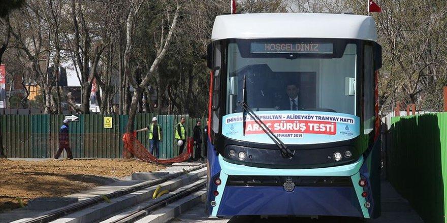 İstanbul'un ilk katenersiz tramvay hattı test ediliyor