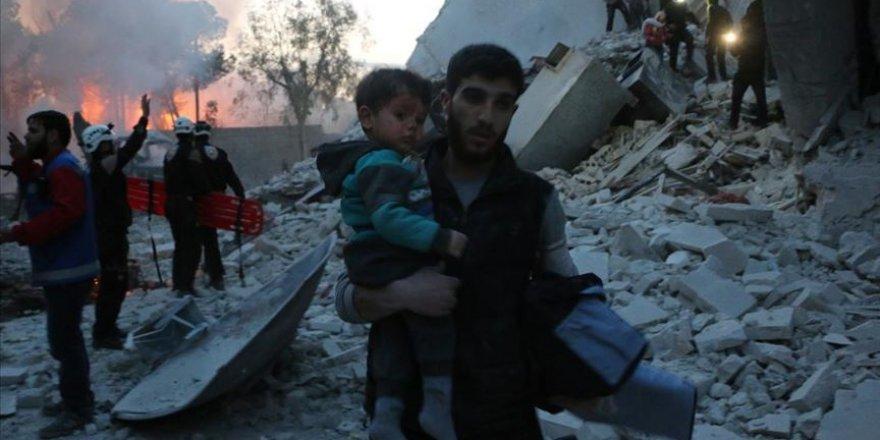 Esed Rejimi İdlib'e havadan saldırdı