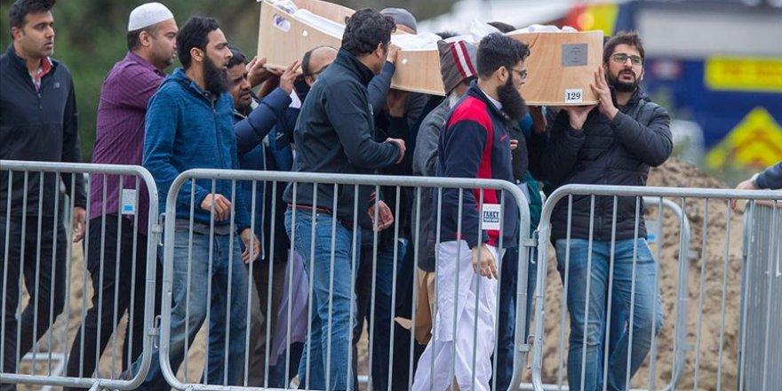 Terör saldırısında yaşamını yitiren 26 kişi için cenaze töreni düzenlendi