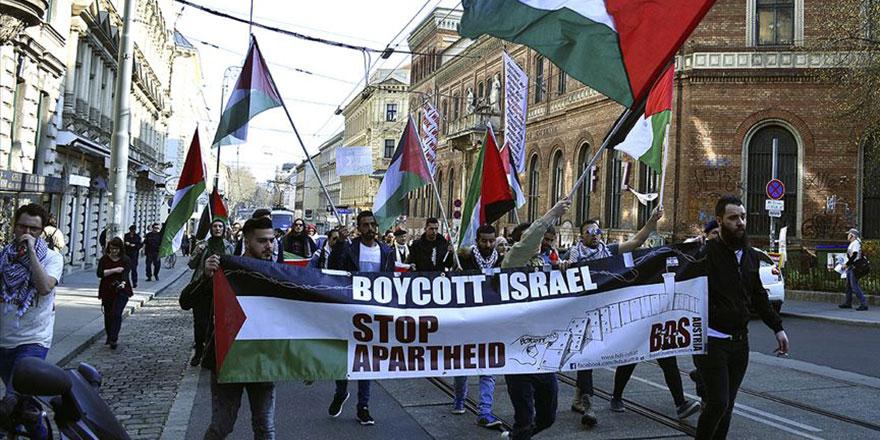 Viyana'da İsrail ve ABD karşıtı gösteri