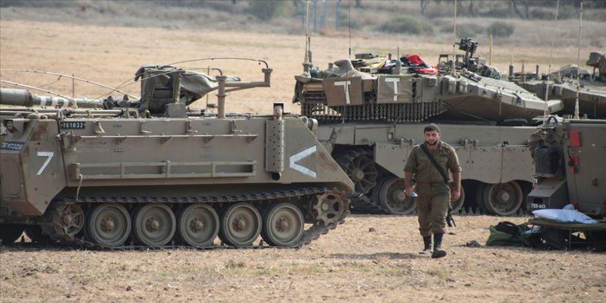 İsrail işgal ordusu Gazze sınırına ek asker gönderdi
