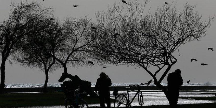 İstanbul'a şiddetli fırtına uyarısı