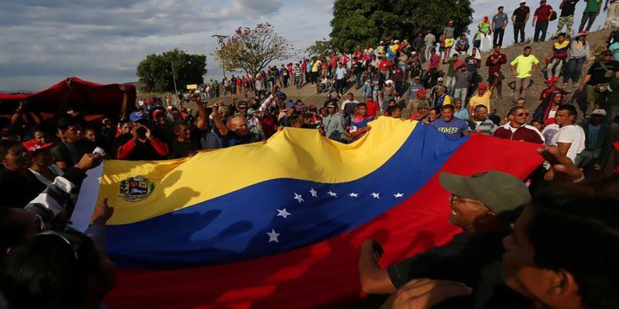 Venezuela muhalefeti vazgeçmiyor