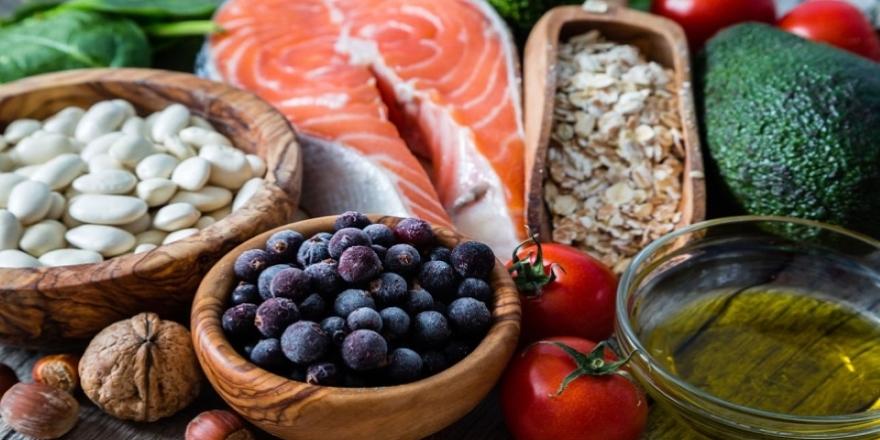 """""""Sağlıklı beslenmek için yerel ve mevsimsel gıdalara yönelmeli"""""""