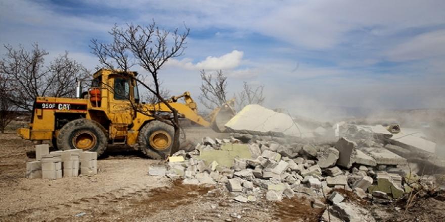 İsrail Doğu Kudüs'te Filistinlilere ait bir evi daha yıktı