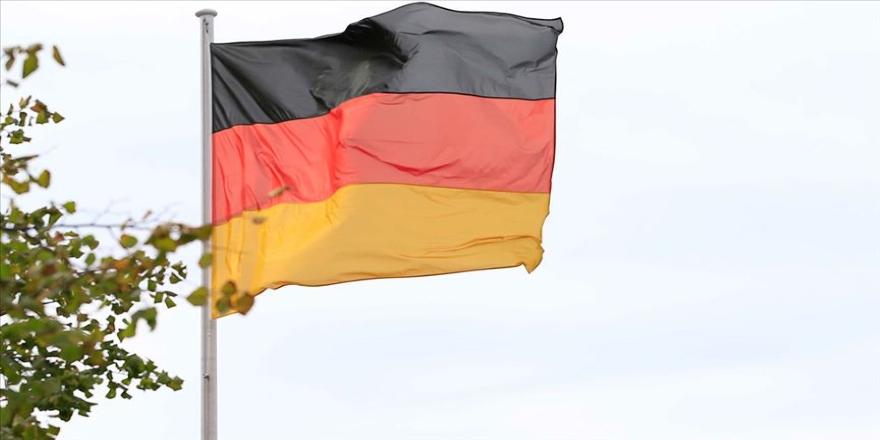 Almanya'da 3 yaşındaki çocuğa ırkçı saldırı
