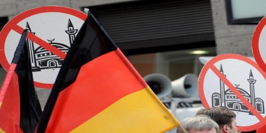 Alman Kriminal Dairesi Başkanı Münch'tan aşırı sağ uyarısı