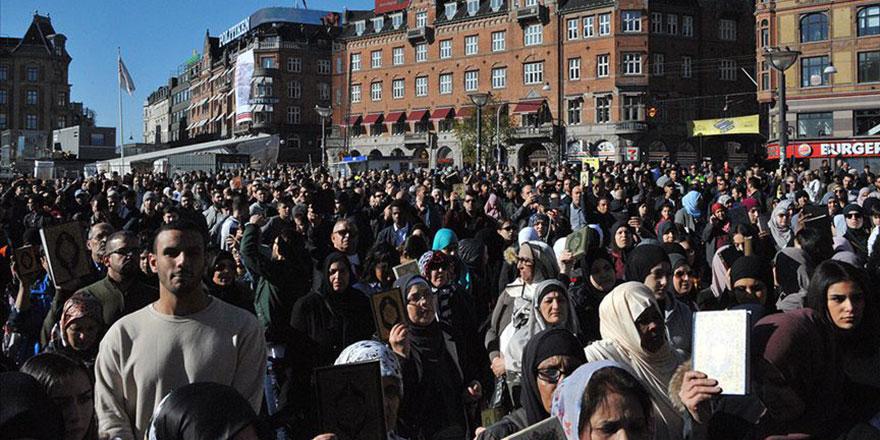 Danimarka'da tekbirli Kur'an yürüyüşü