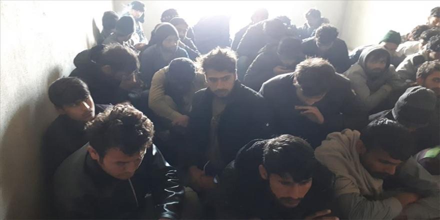 Van'da 261 göçmen yakalandı