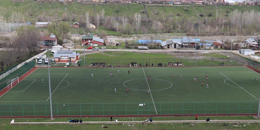 Güneydoğu'da kadın futbolu tepki görüyor: Said Nursi diyor ki...