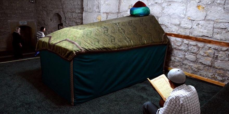 Ahi Evran Cami ve Türbesi asırlardır ayakta