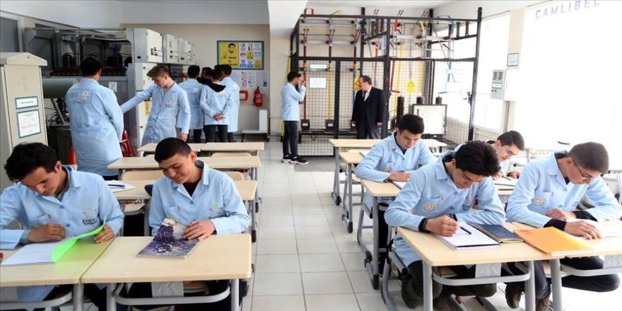 'Enerjinin Yıldızları' özel eğitimle yetiştiriliyor