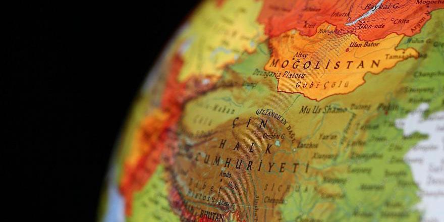 Çin'de zeplin 7 bin metreyle irtifa rekoru kırdı