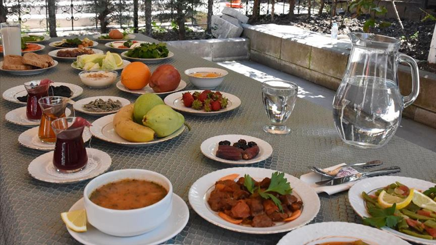 3 Haziran 2019 İstanbul iftar vakti | İstanbul'da son iftar saat kaçta?