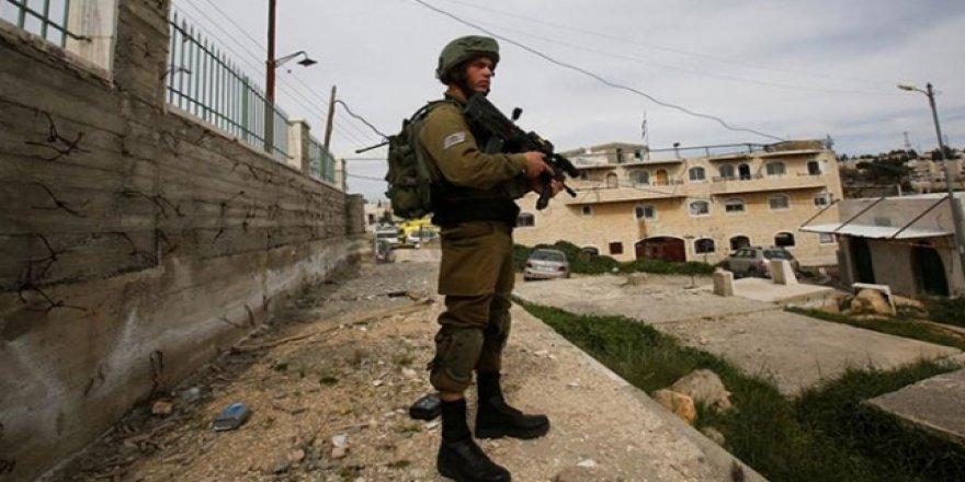 Yahudi yerleşimcilerden Filistinlilerin evlerine ırkçı saldırı