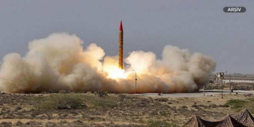 Kuzey Kore'nin füze ateşlemesini Kim Jong-un da izledi