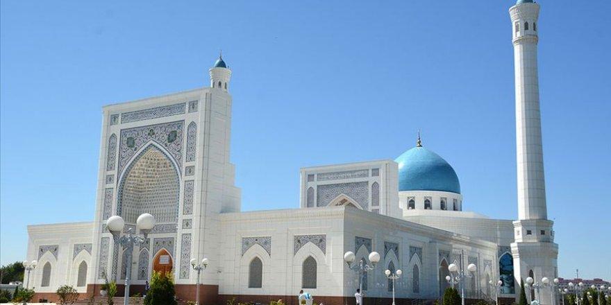 Özbekistan'da ramazan: Bin 220 camide Kur'an-ı Kerim hatmi