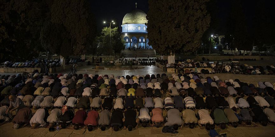 Mescid-i Aksa'da ramazana yine buruk girildi